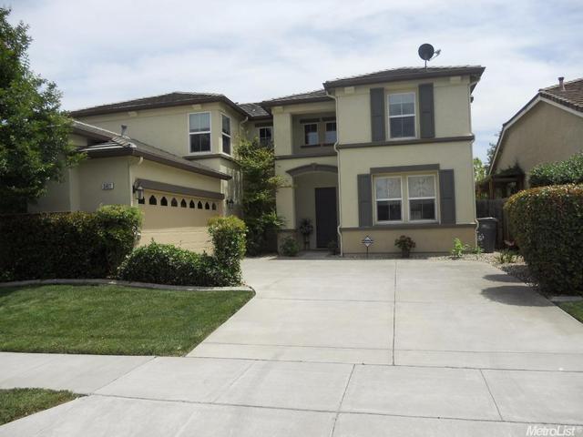 2467 Starling Ln, West Sacramento, CA