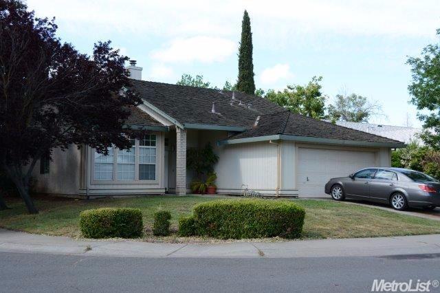 7030 Clearbrook Way, Sacramento, CA