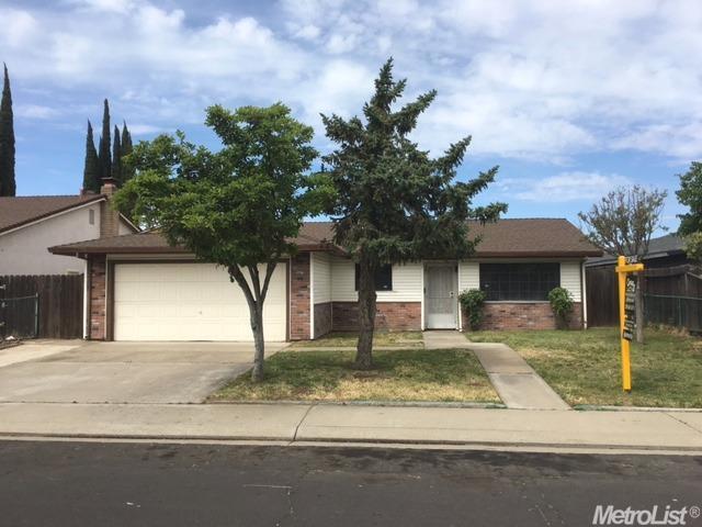 823 Ebbetts Ave, Manteca, CA
