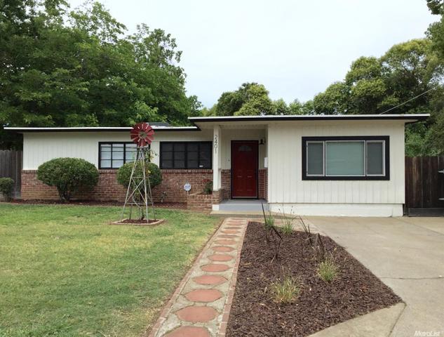 2401 Leslie Ln, Sacramento, CA