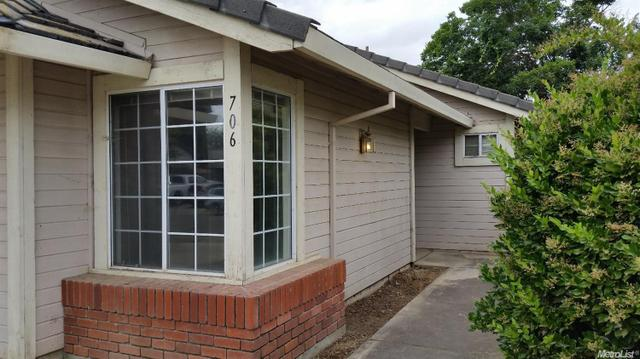 706 Cedar Flat Ave, Galt, CA