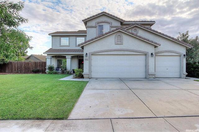 9435 Pioneer Cir, Stockton, CA