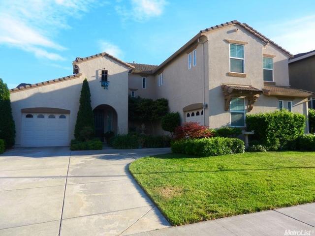 9352 Waddell Ln, Elk Grove, CA