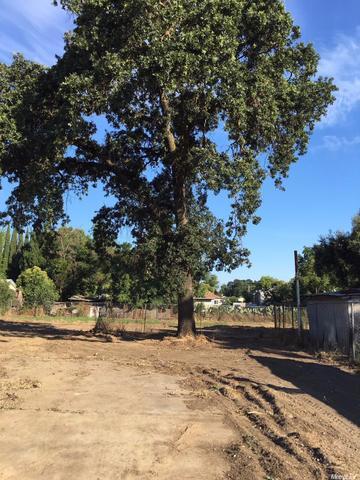 1137 Grand Ave, Olivehurst, CA 95961