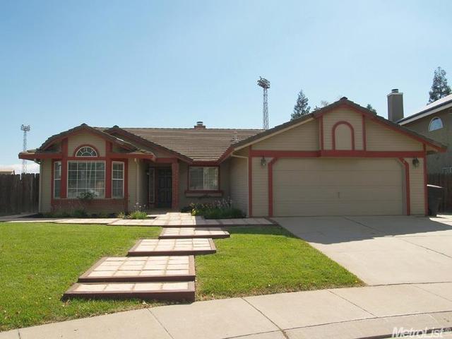 919 Gina Ct, Oakdale, CA