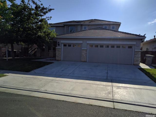 215 Murano St, Los Banos, CA 93635