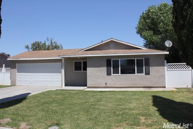 525 Somoa Ln, Lathrop, CA
