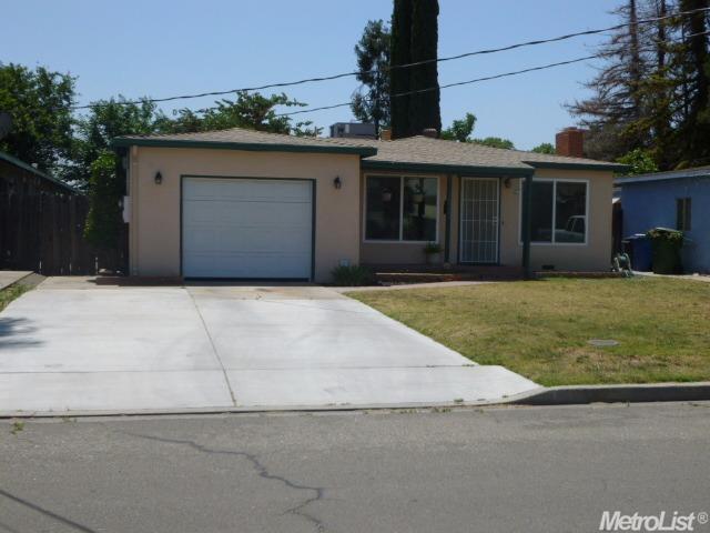 1040 Chestnut St, Turlock, CA