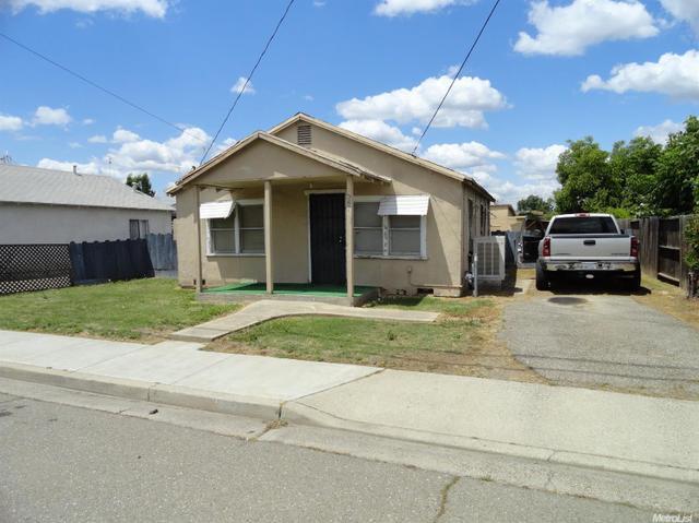 2661 Sierra St Riverbank, CA 95367