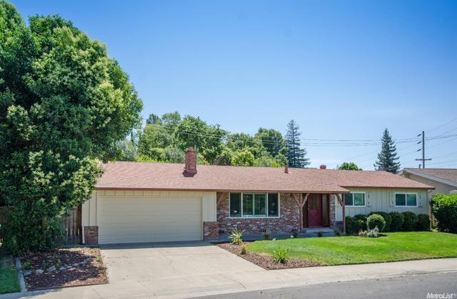 6557 Lake Park Dr Sacramento, CA 95831