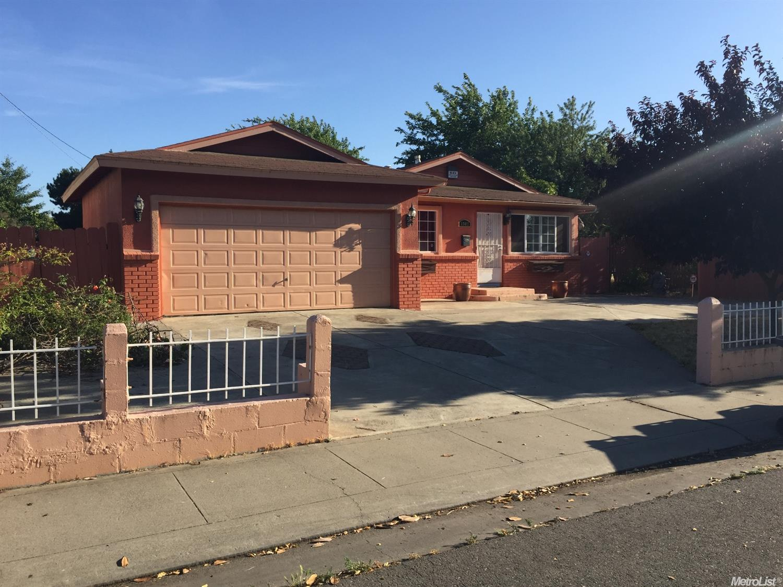 1302 Denver Ave, Stockton, CA 95206