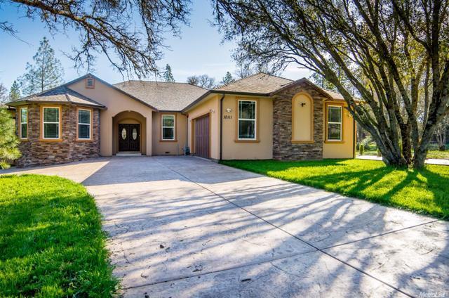 10111 Valley Oak Ct, Penn Valley, CA 95946
