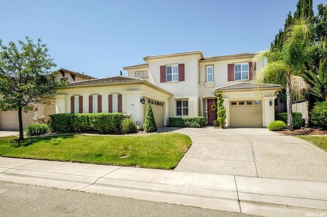 1812 Heather Garden Ln Roseville, CA 95661