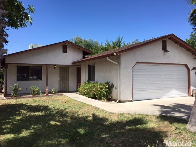 2907 Ross Ave, Riverbank, CA 95367