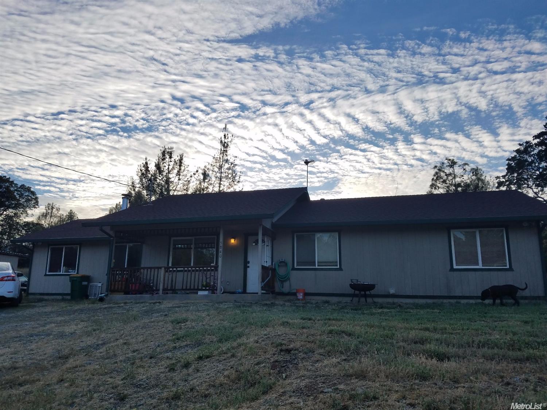 5840 Mount Murphy Rd, Garden Valley, CA 95633