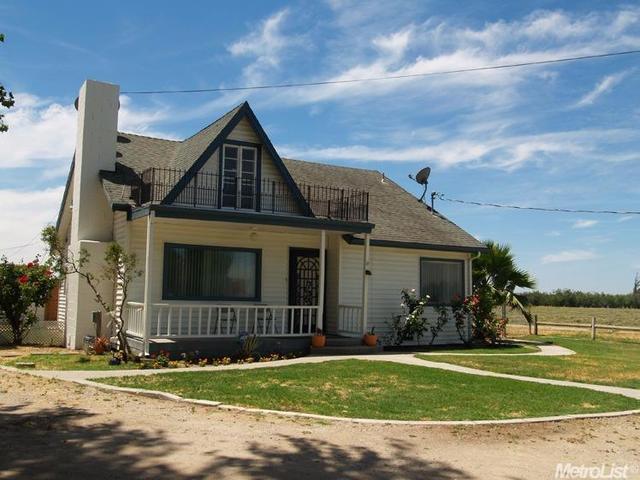 2300 E Harding Rd, Turlock, CA 95380