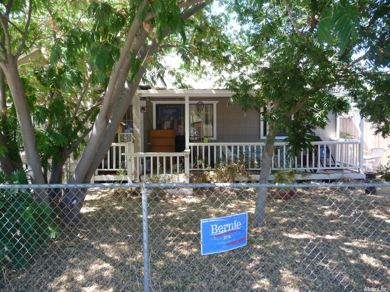 4909 Roosevelt Avenue, Sacramento, CA 95820