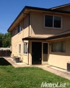 4545 Greenholme Dr #3, Sacramento, CA 95842
