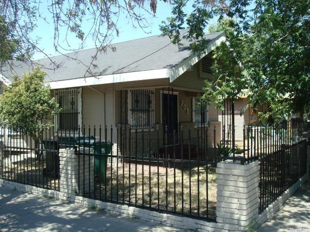 203 E Clay St, Stockton, CA 95206
