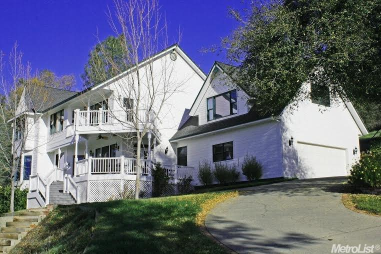 12413 Lakeview Way, Grass Valley, CA 95949