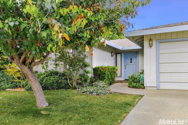829 Ridgeview Dr, Woodland, CA 95695
