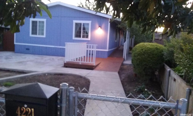 4221 42nd Street, Sacramento, CA 95820