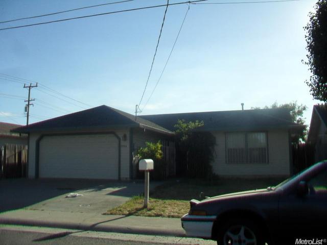 7794 Robinette Rd, Sacramento, CA 95828