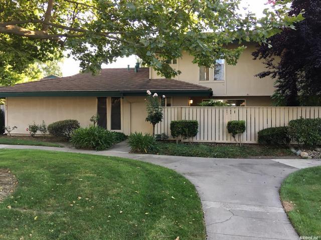 418 Roundtree Ct Sacramento, CA 95831
