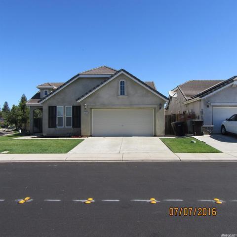 2601 Glow Rd, Riverbank, CA 95367