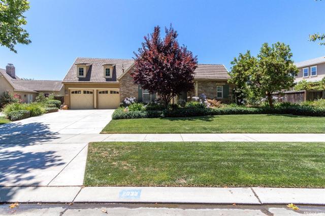 2032 Fairway Oaks Dr, Ripon, CA 95366