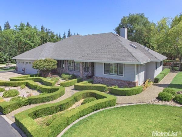 10012 Wilton Oaks Ct, Elk Grove, CA 95624