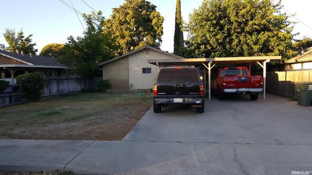 517 N 4th Ave, Oakdale, CA 95361
