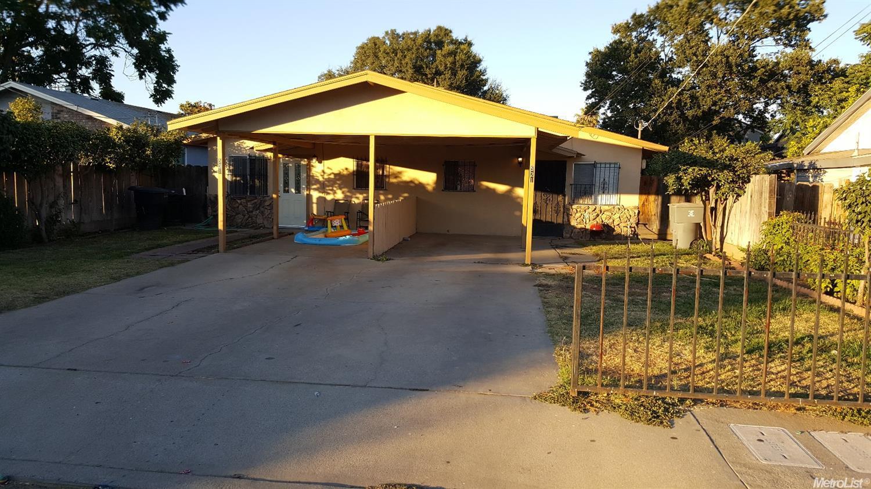 521 N 5th Ave, Oakdale, CA 95361