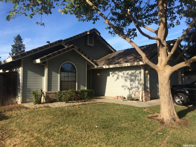 860 Lake Canyon Ave, Galt, CA 95632