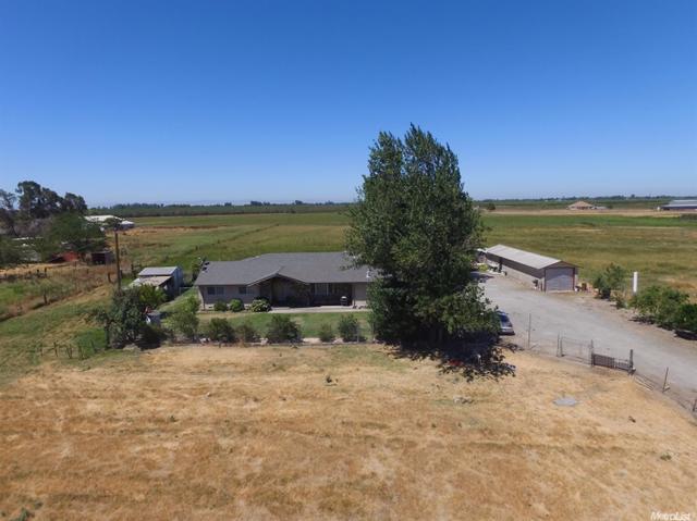 10801 26 Mile Rd, Oakdale, CA 95361