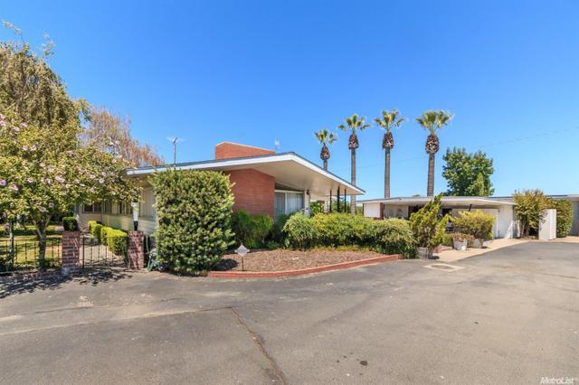 7731 E Keyes Rd, Hughson, CA 95326