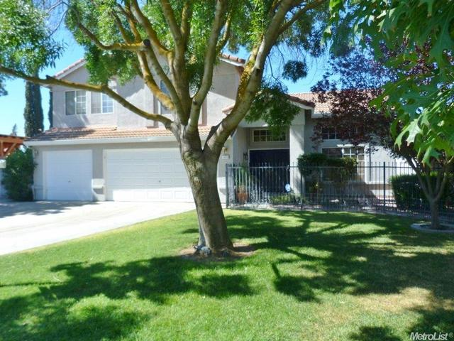 1015 June Ct, Los Banos, CA 93635
