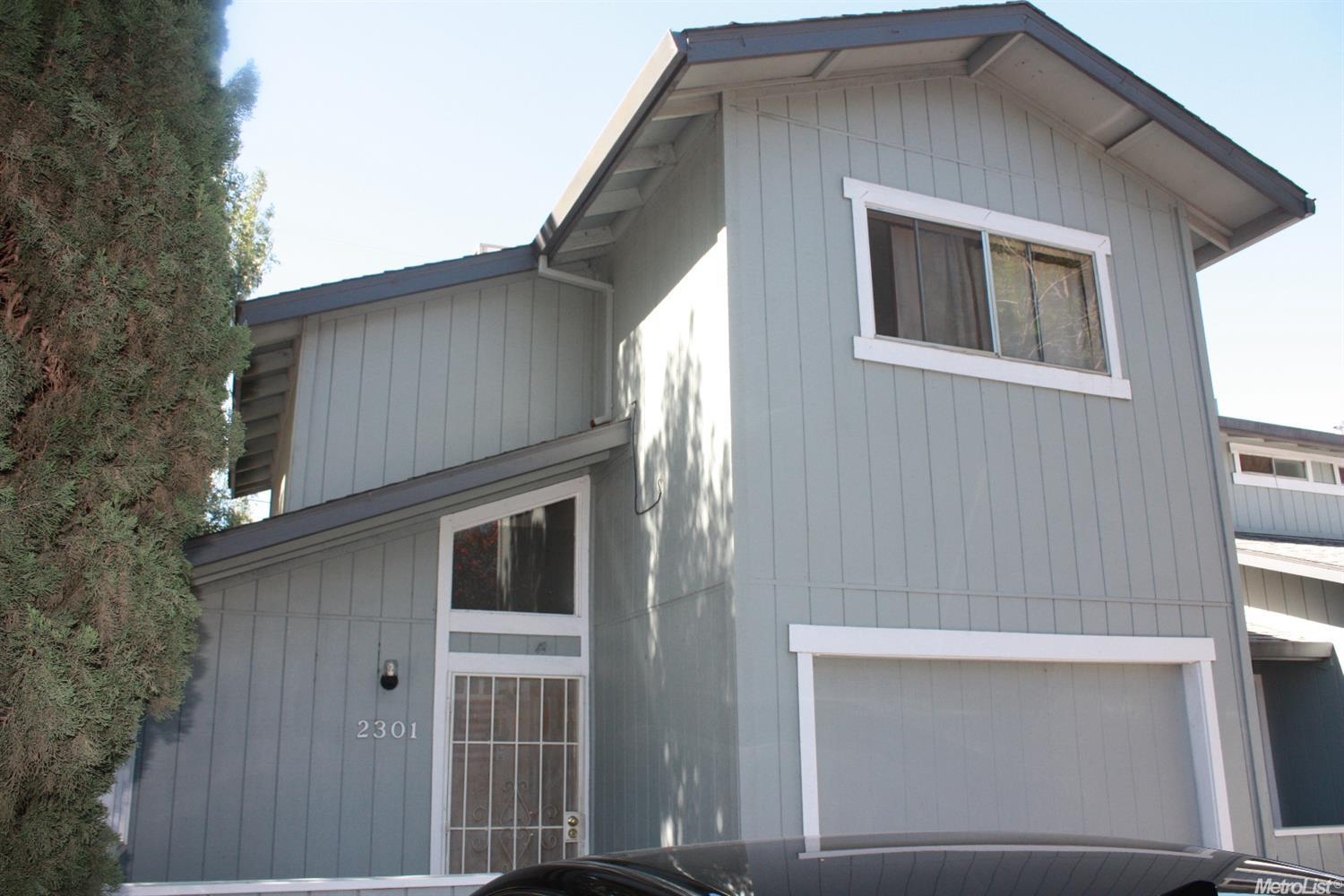 2301 East St, Tracy, CA 95376