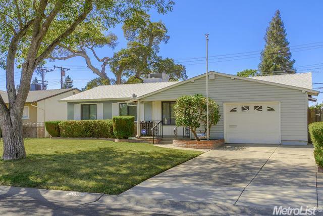 1681 Bowling Green Dr, Sacramento, CA 95815