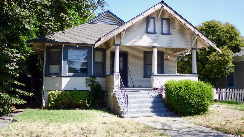615 W Park St, Stockton, CA 95203