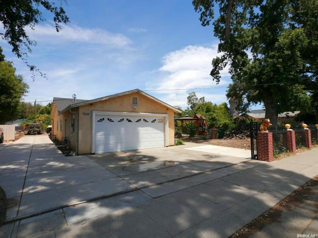 8505 W Stockton St, Thornton, CA 95686