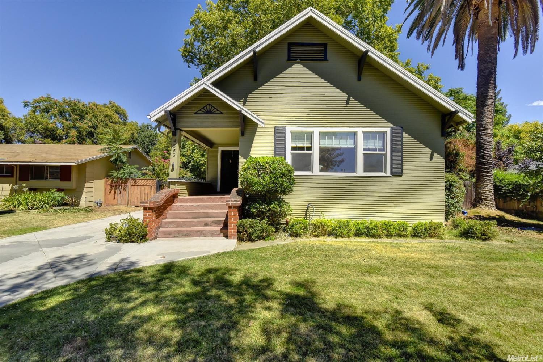 4555 63rd St, Sacramento, CA 95820