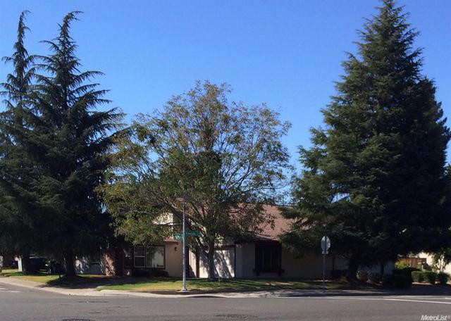 6790 Riverside Blvd, Sacramento, CA 95831