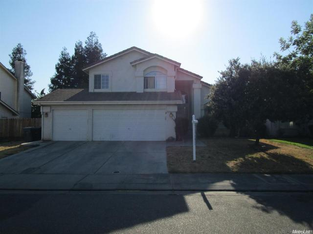 6113 Falcon Ridge Ln, Riverbank, CA 95367