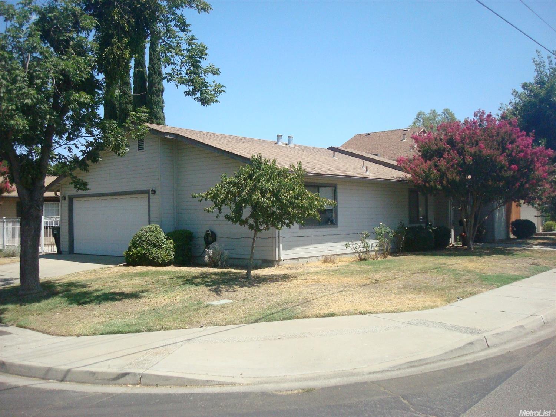 1329 Houser Ln, Modesto, CA 95351