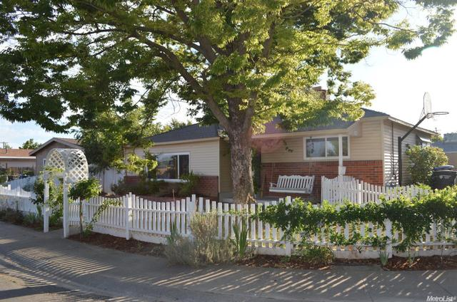 5310 73rd, Sacramento, CA 95820
