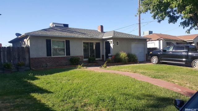 1055 Yolo St, Newman, CA 95360