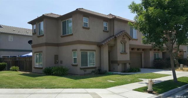 977 Sunset Meadows St, Oakdale, CA 95361