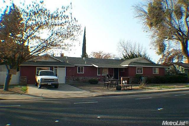 704 Standiford Ave, Modesto, CA 95350