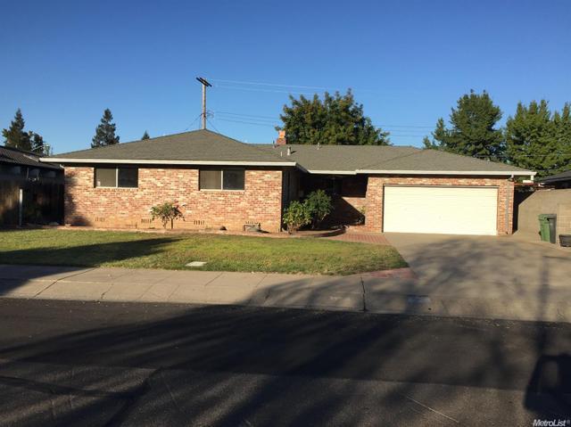 7 N Wellington Way, Lodi, CA 95242
